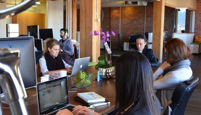 the-profile-coworking-hot-desk-vancouver