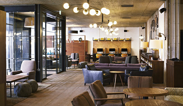 hotels-turning-coworking-space