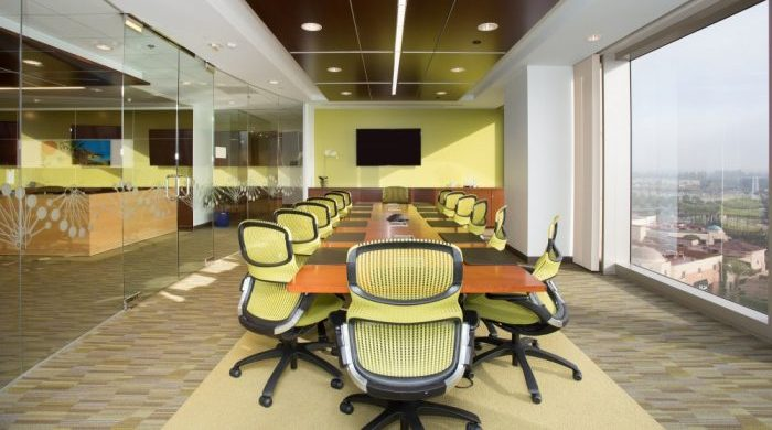 Carr-Workplaces-meeting-rooms-Irvine