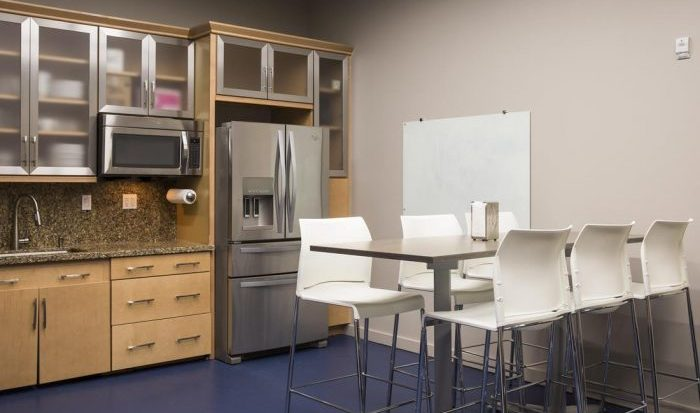kitchen-at-coworking-space