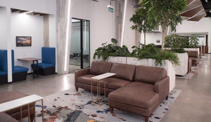 iq-office-suites-toronto-coworking-area