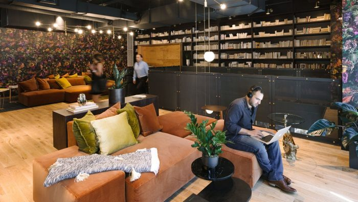 lounge-area-coworking-brickell