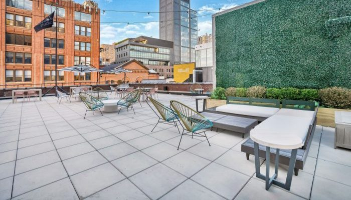 rooftop-coworking-space-nyc-picture